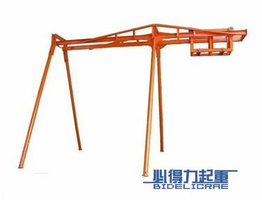 滑行式室外吊运机